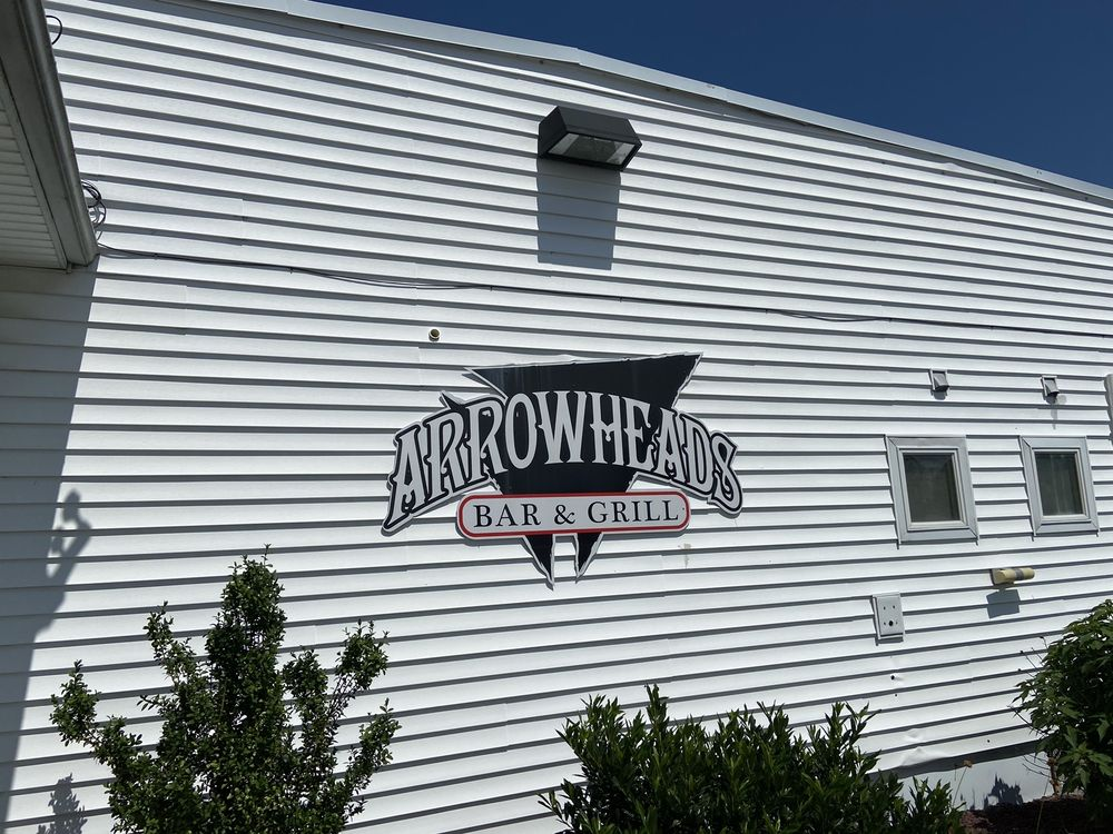 Arrowheads Bar & Grill: 9-65 Fisher Ave, Annville, PA