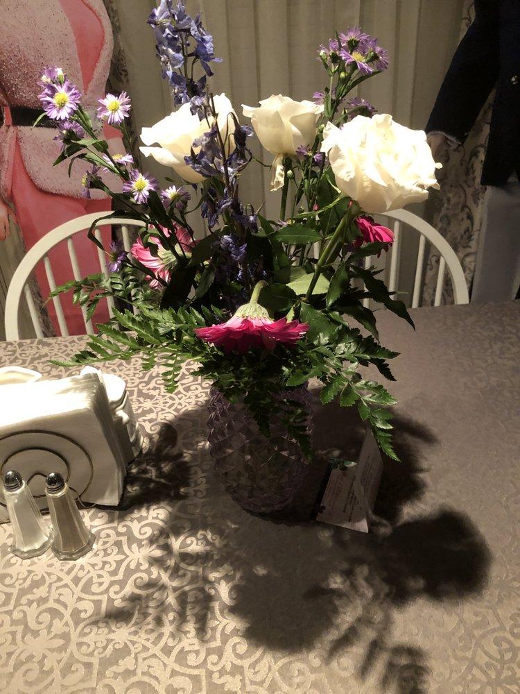 A Burst of Sonshine Floral & Gift: 80961 Highway 14, Wetumpka, AL