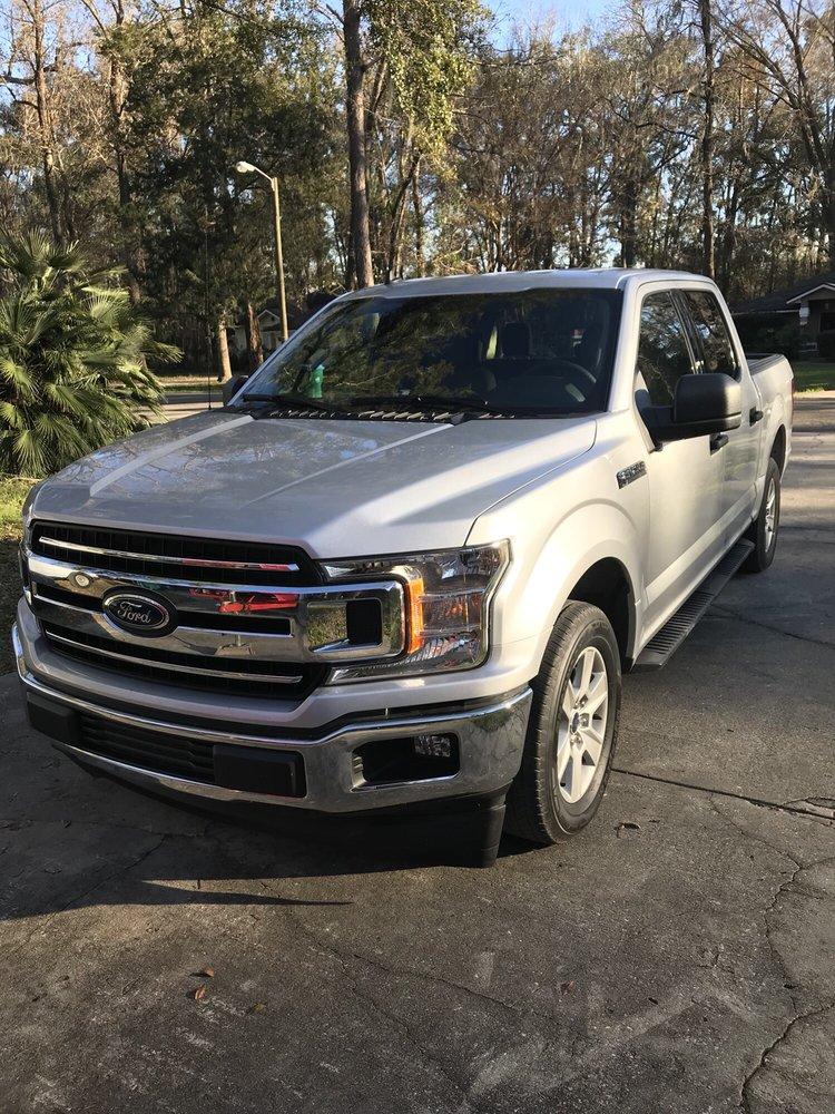 Santa Fe Ford: 16330 US 441 N, Alachua, FL