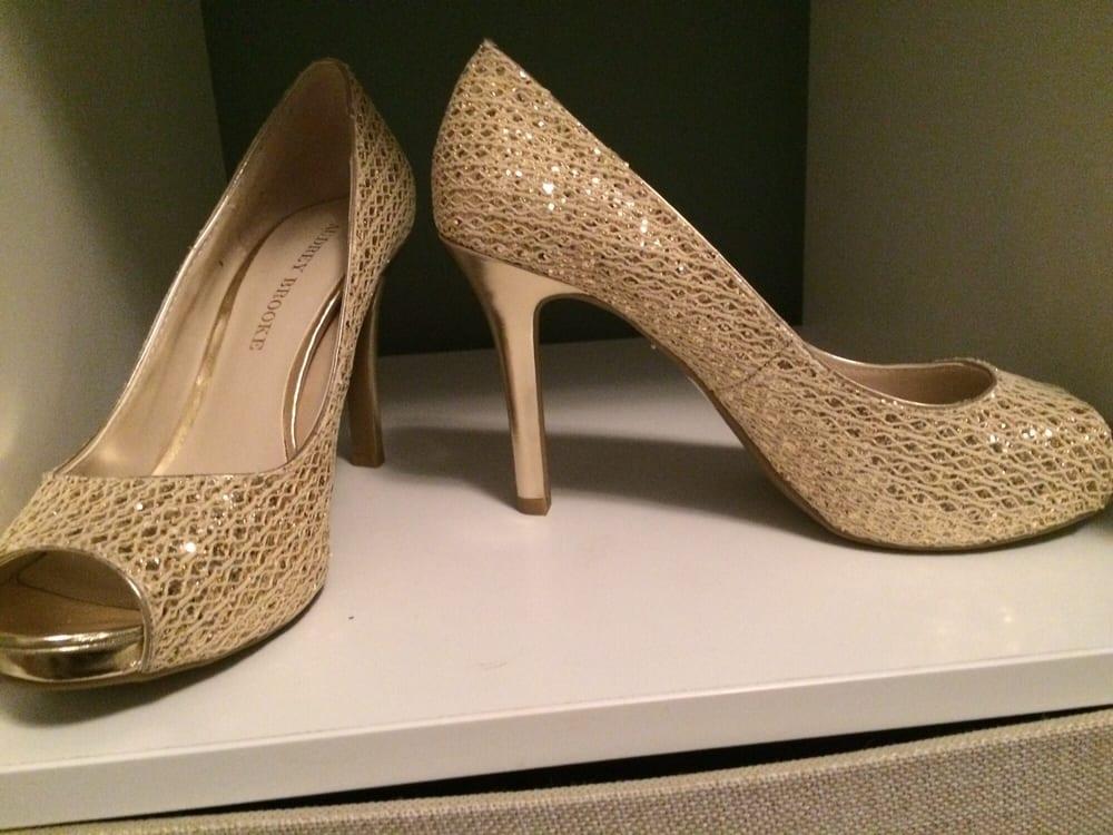 DSW Designer Shoe Warehouse - 15 Photos - Shoe Stores ...
