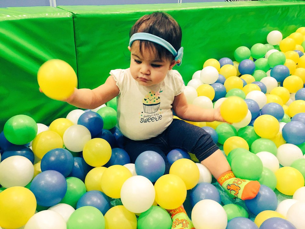 Jump Off Indoor Trampoline Park & Fun Zone: 280 Garfield Ave, Stratford, CT