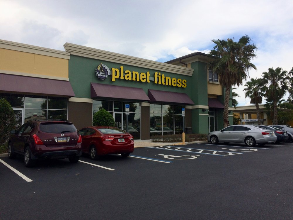 Planet Fitness - Orlando - Dr. Phillips: 8956 Turkey Lake Rd, Orlando, FL