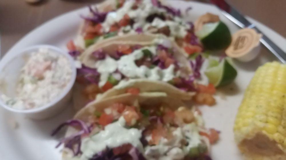 Joe Lee's Seafood Kitchen: 1108 Marina Bay Dr, Kemah, TX