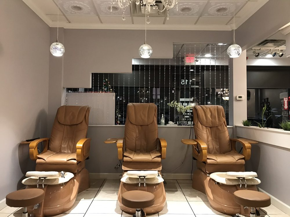 Exquisite Nails & Spa: 3021 Mallory Ln, Franklin, TN