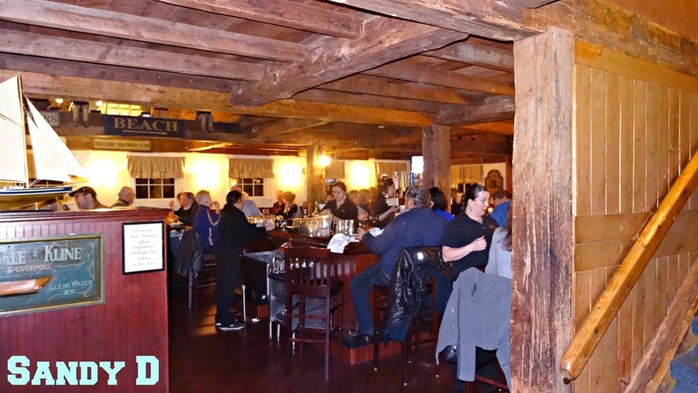 Windward Grille Restaurant: 109 Eastern Ave, Essex, MA