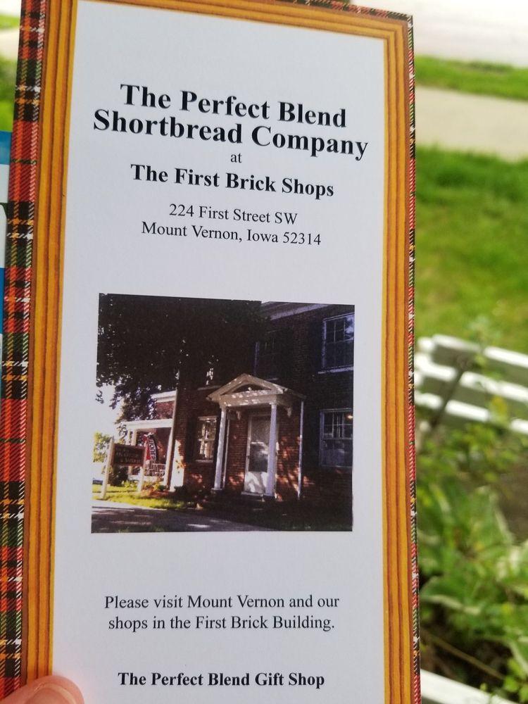 Perfect Blend: 224 1st St SW, Mount Vernon, IA