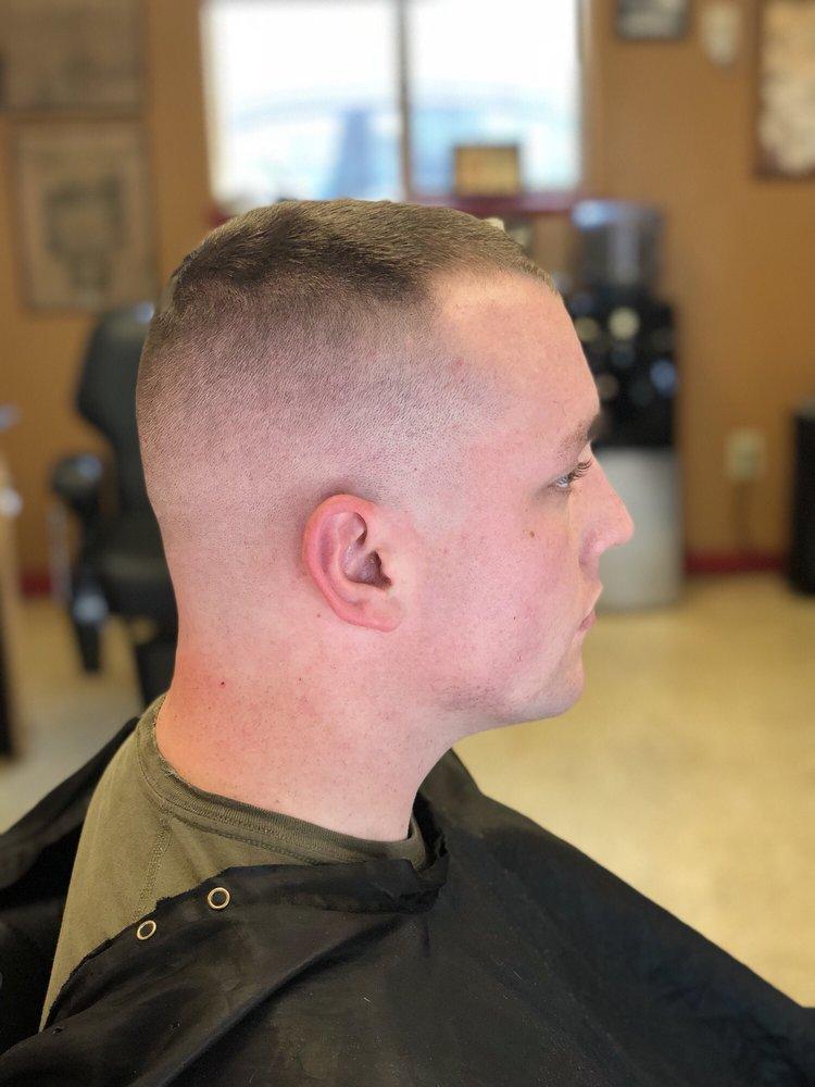 Gabriel's Barber Shop: 218 S Auburn St, Colfax, CA