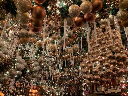 German Christmas Restaurant Nyc.Rolf S Bar Restaurant 956 Photos 858 Reviews German