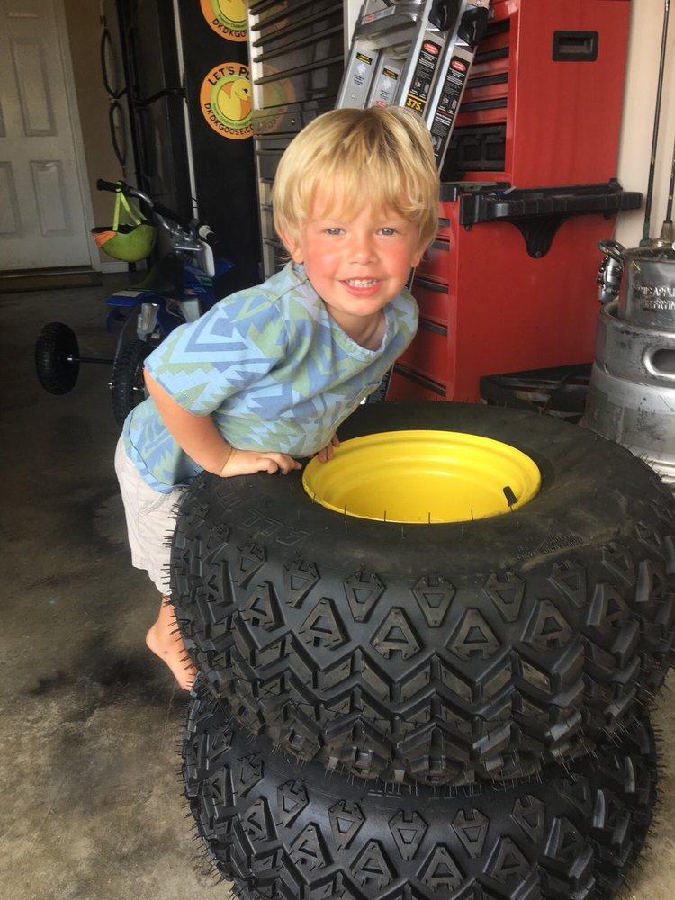 Kaiser Tire Pros: 7000 Southside Dr, Louisville, KY