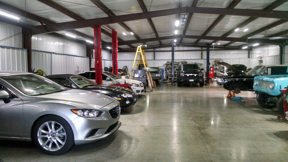 J & E Automotive