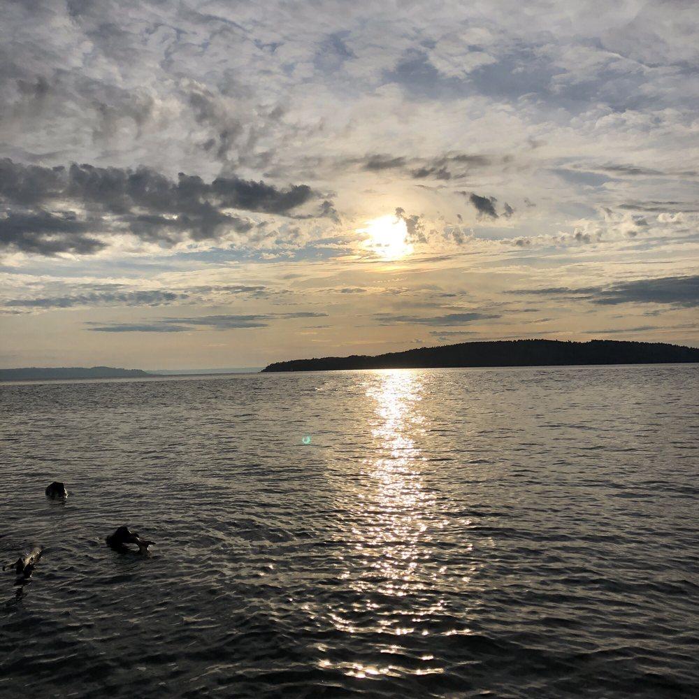 Marine View Park: 20945 Marine View Dr SW, Normandy Park, WA