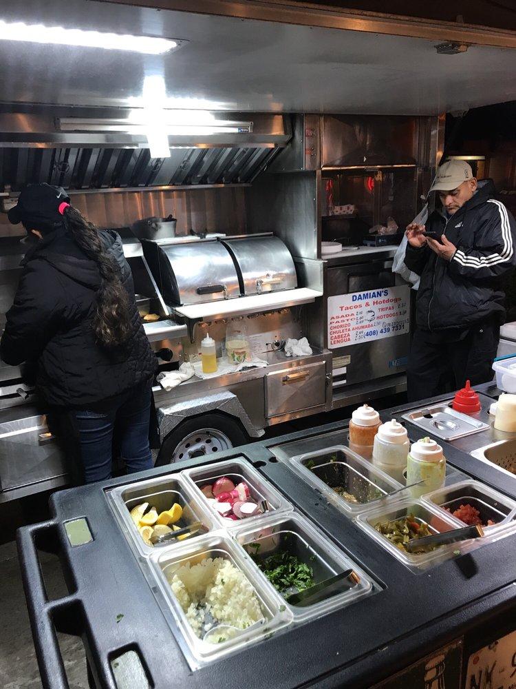 Damian's Tacos & Hotdogs: 1925 Alumrock Ave, Alum Rock, CA