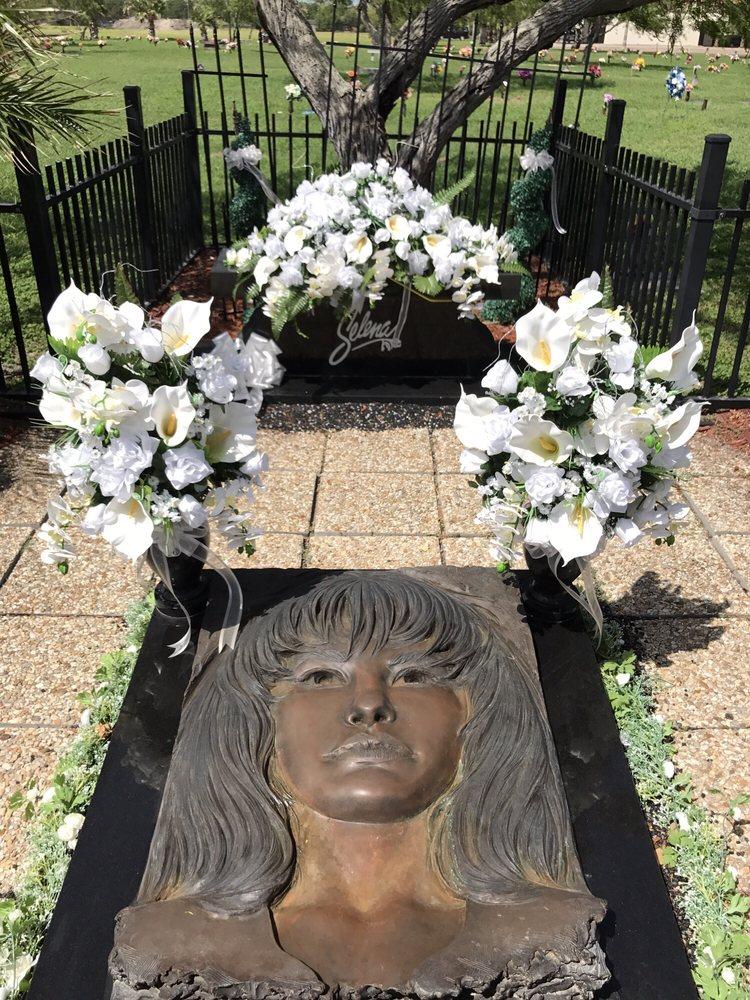 Selena'S Grave Site. - Yelp