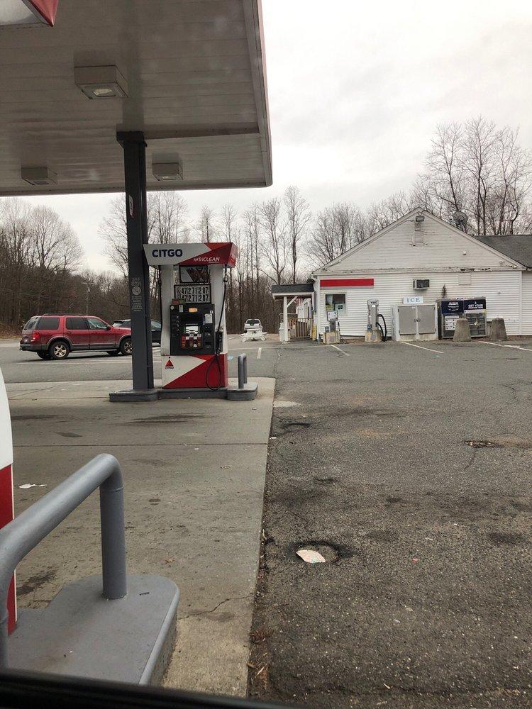 Nazia: 210 New Milford Tpke, New Preston Marble Dale, CT