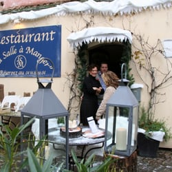 La Salle A Manger French 9 Place De La Republique Flayosc Var
