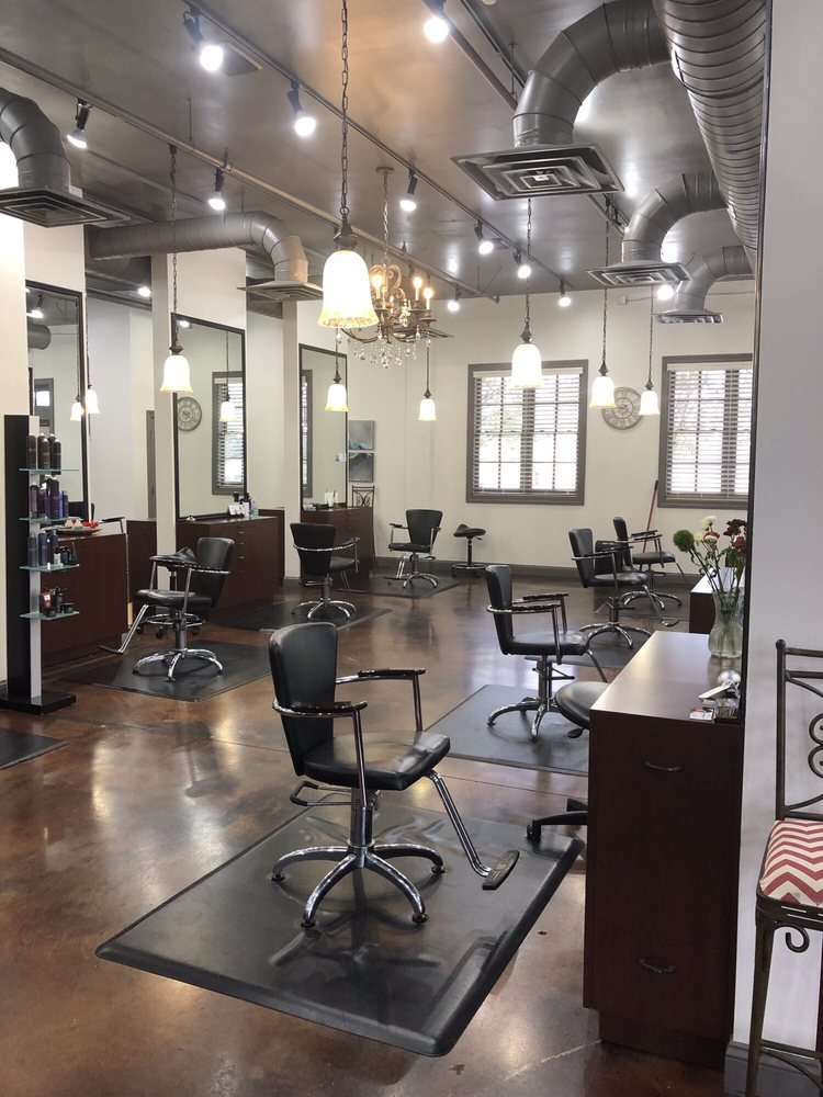 Belle Ross Spa & Salon: 5960 Getwell Rd, Southaven, MS