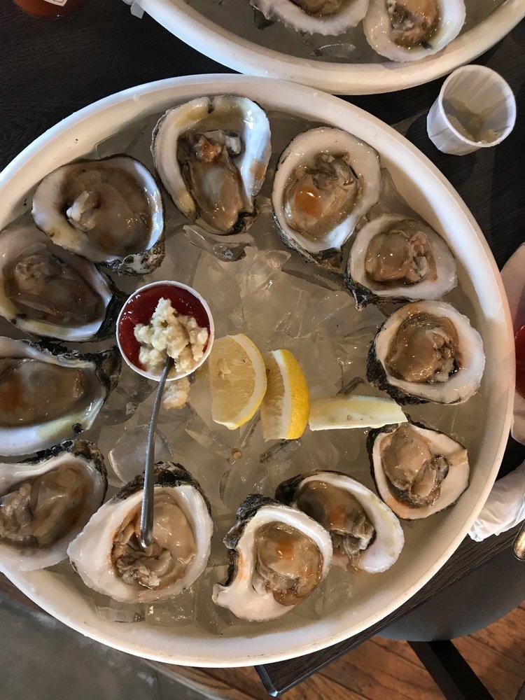 Pier 36 Seafood & Oyster Bar: 8502 Farm To Market 359, Fulshear, TX