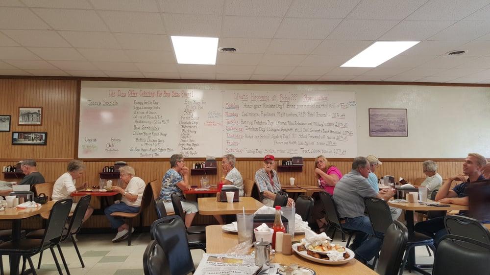 Bob's Lunch: 800 3rd St, Moundsville, WV
