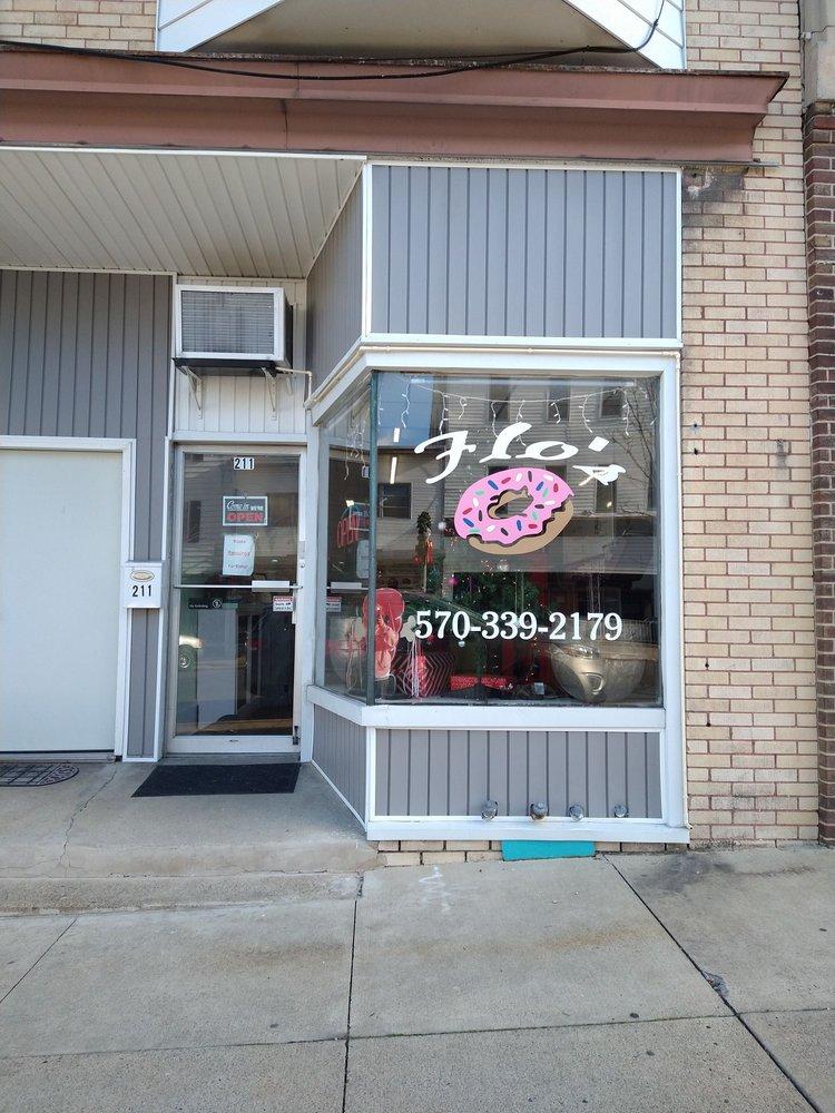 Flo's: 211 S Oak St, Mount Carmel, PA