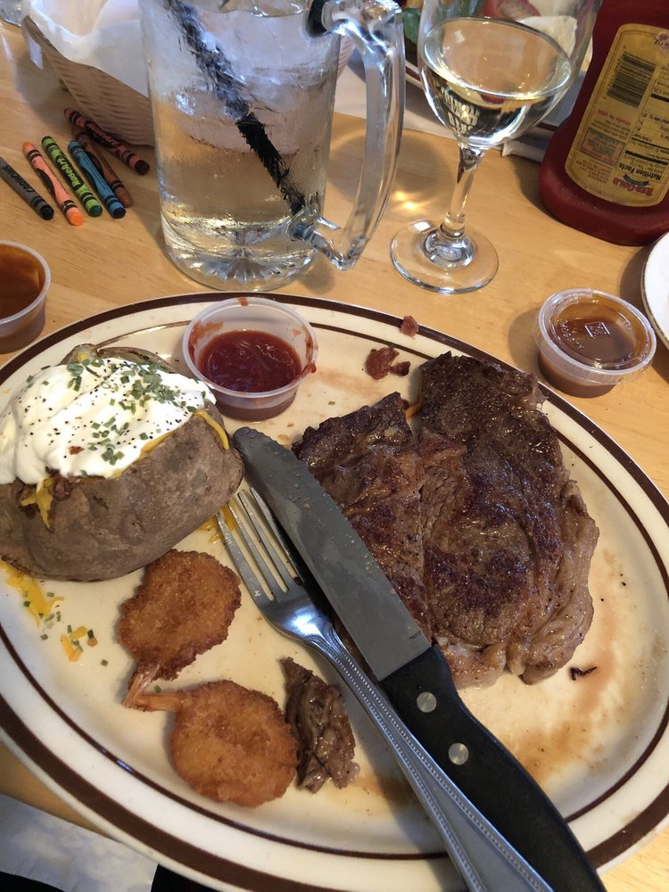 The Bluff Steakhouse: 20 Bluff Rd, Hardy, AR