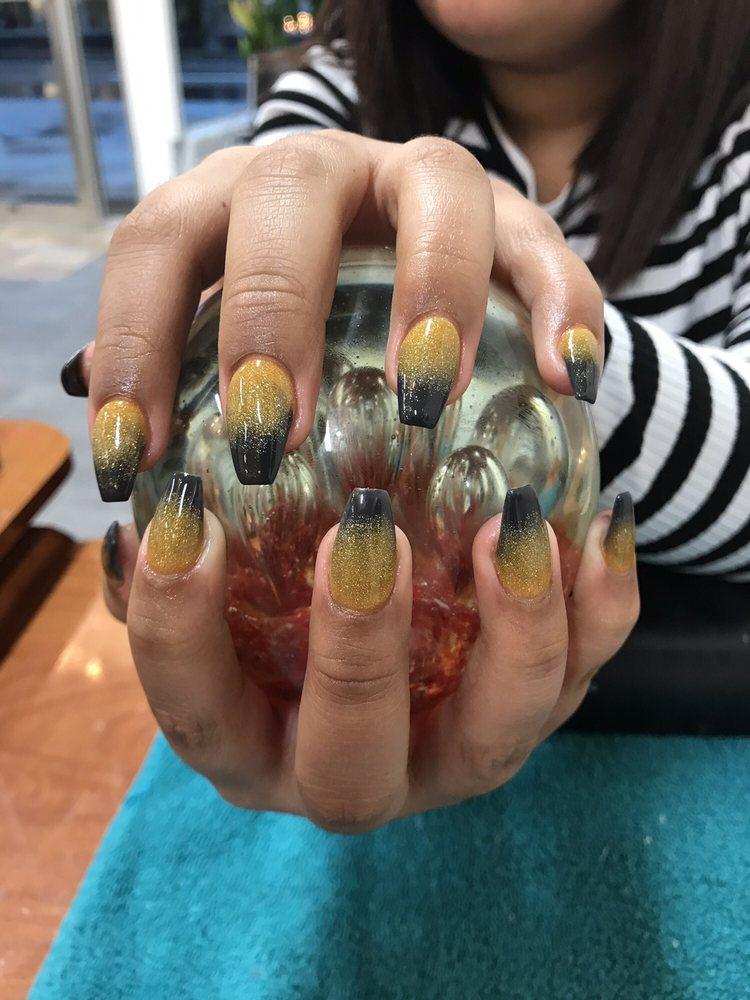 VIP Nails: 372 Gunter Ave, Guntersville, AL