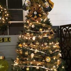 photo of shadracks christmas wonderland prospect pa united states pittsburgh sports tree