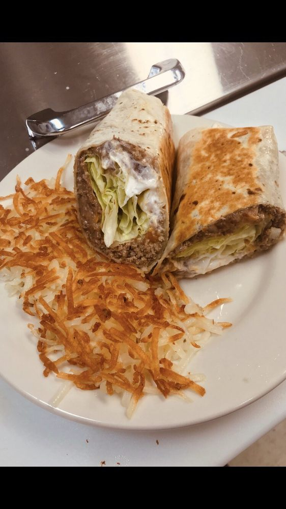 Sonia's Diner: 209 B Henslee Dr, Dickson, TN
