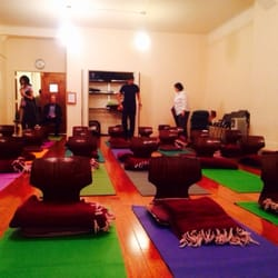 art of living foundation 23 reviews yoga 147 w 25th st