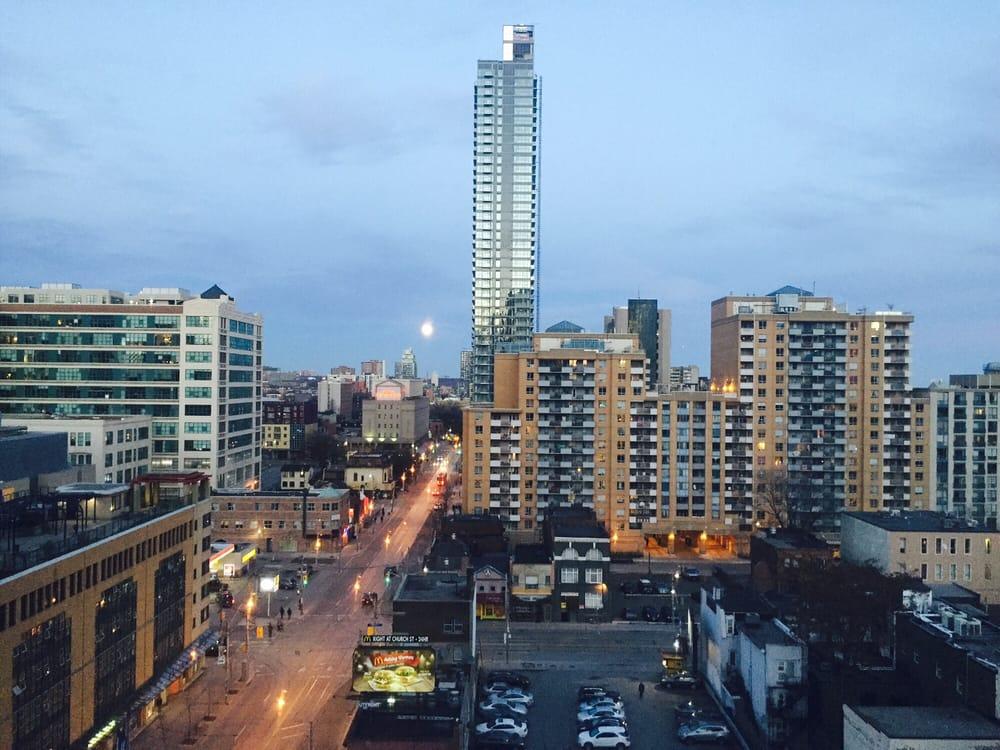 Bond Place Hotel Toronto Reviews