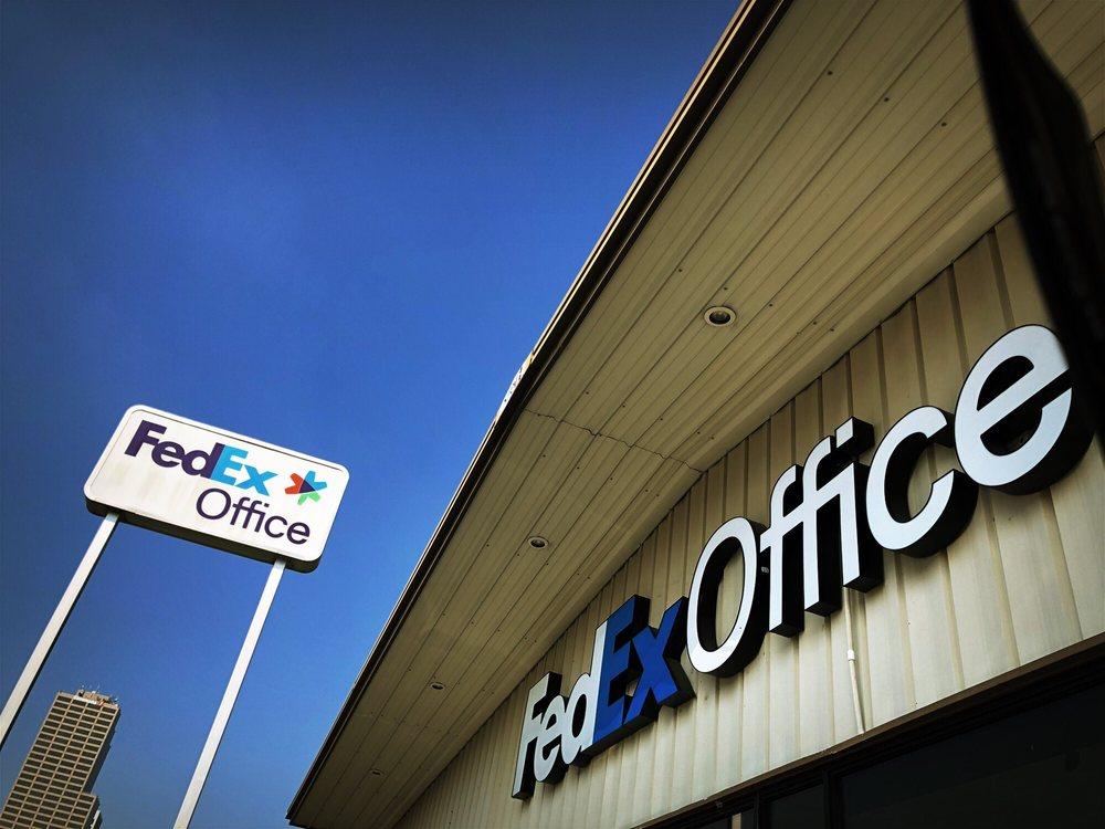 FedEx Office Print & Ship Center: 1121 S Spring St, Little Rock, AR