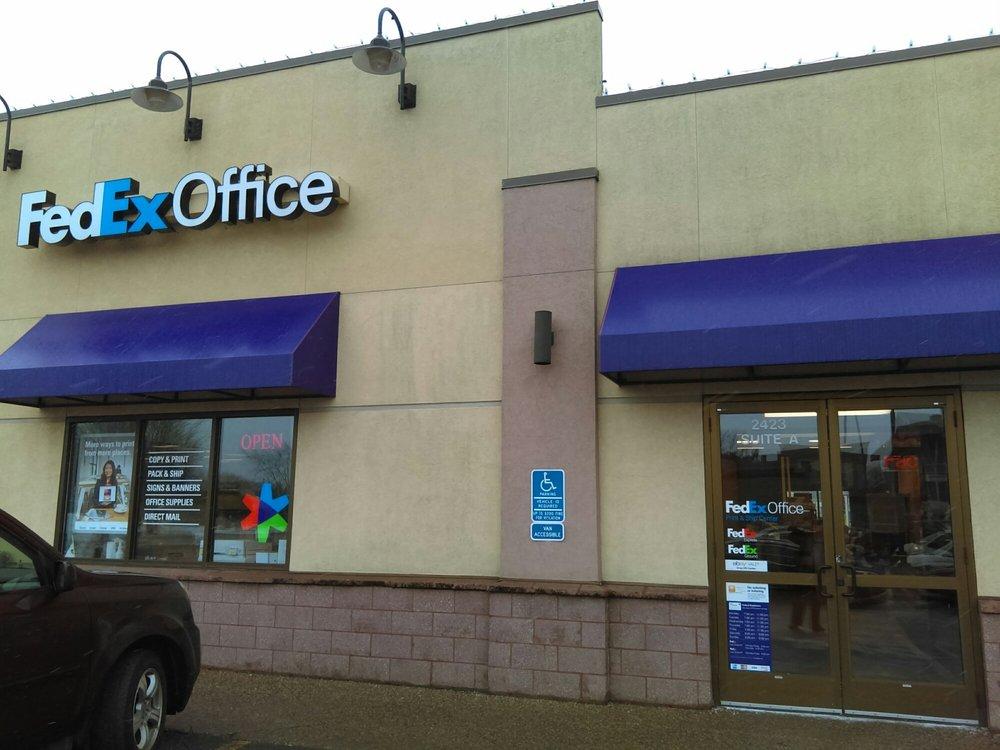 FedEx Office Print & Ship Center: 2423 W Division St, St Cloud, MN