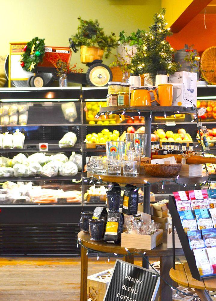 Prairy Market & Deli: 601 N Main St, Newton, KS
