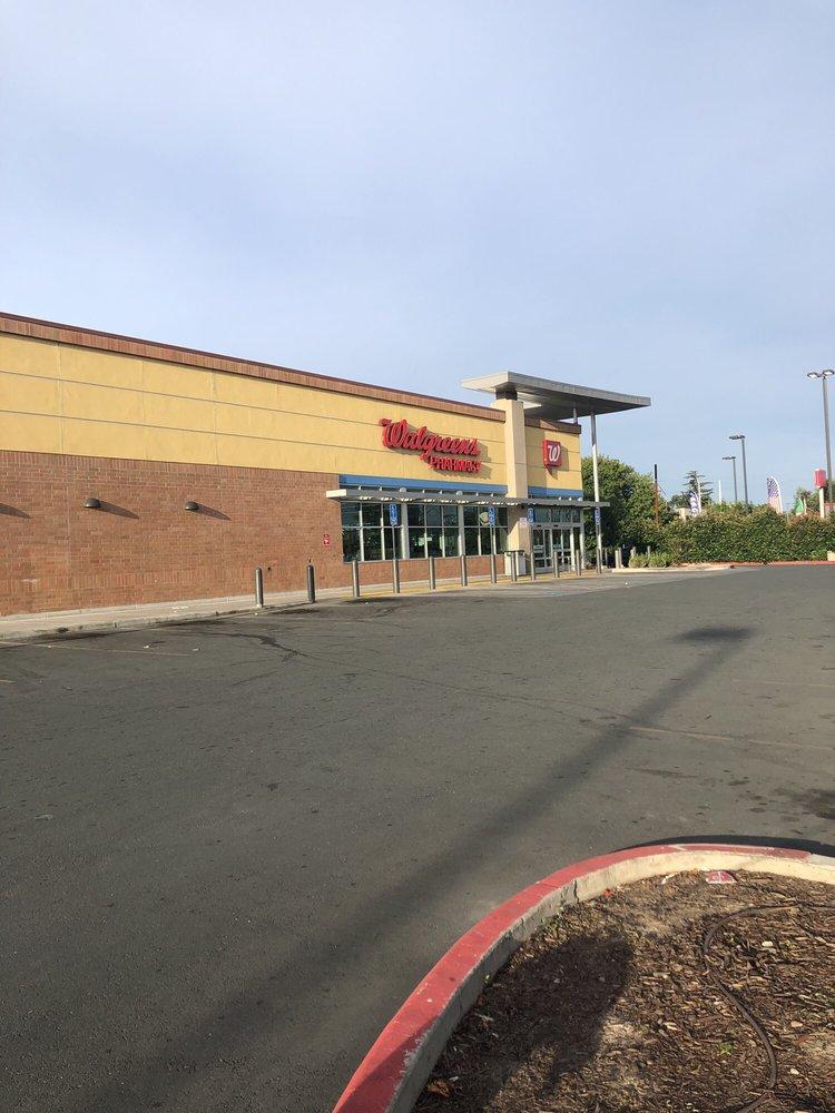 Walgreens: 1528 E Fremont St, Stockton, CA