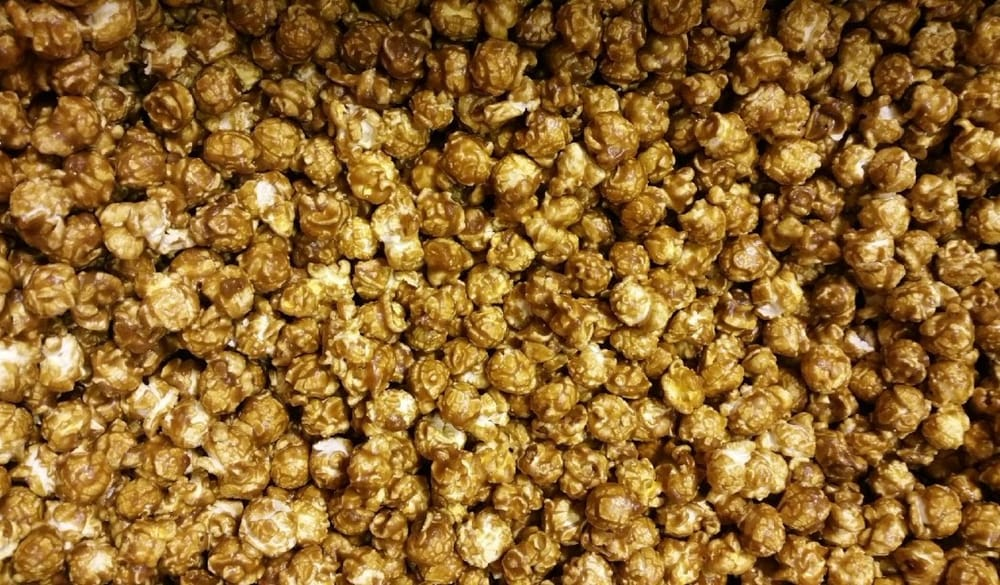 Woody's Popcorn: 1741 Industrial Dr, Sterling, IL