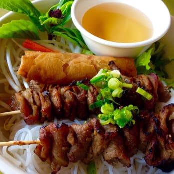 Spring Kitchen - 27 Photos & 33 Reviews - Vietnamese - 4002 ...