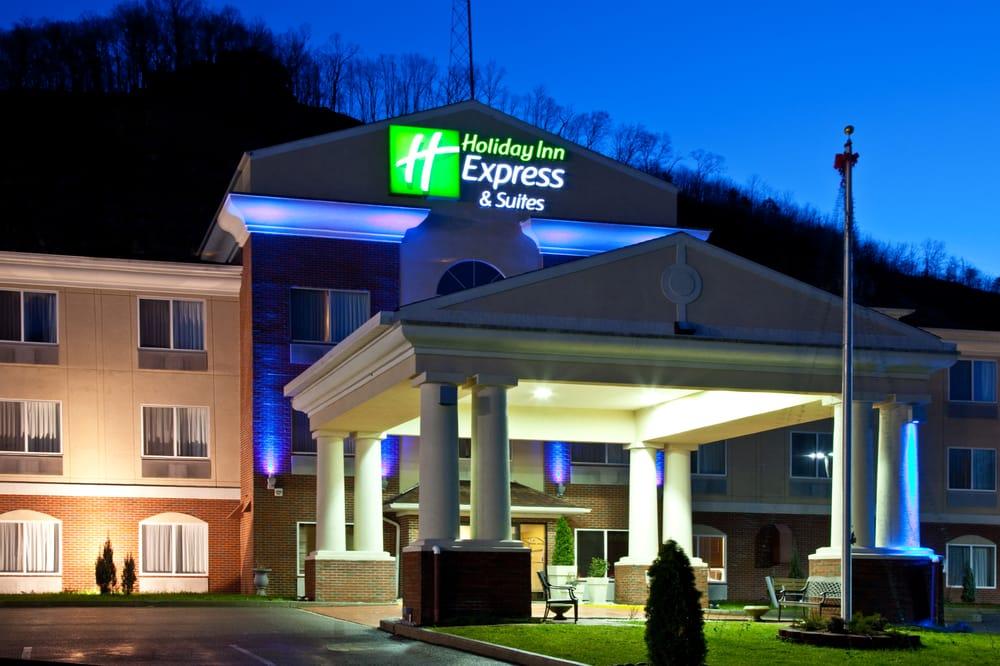 Holiday Inn Express & Suites Logan: 101 George Kostas Dr, Logan, WV