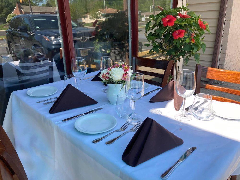 Siena Italian Creative Cuisine: 300 White Horse Rd, Voorhees, NJ