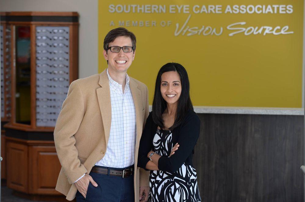 Southern Eye Care Associates: 3307 Lithia Pinecrest Rd, Valrico, FL