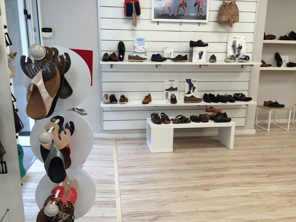 lazzos magasins de chaussures carrer de conca 34 arrancapins valence valencia espagne. Black Bedroom Furniture Sets. Home Design Ideas