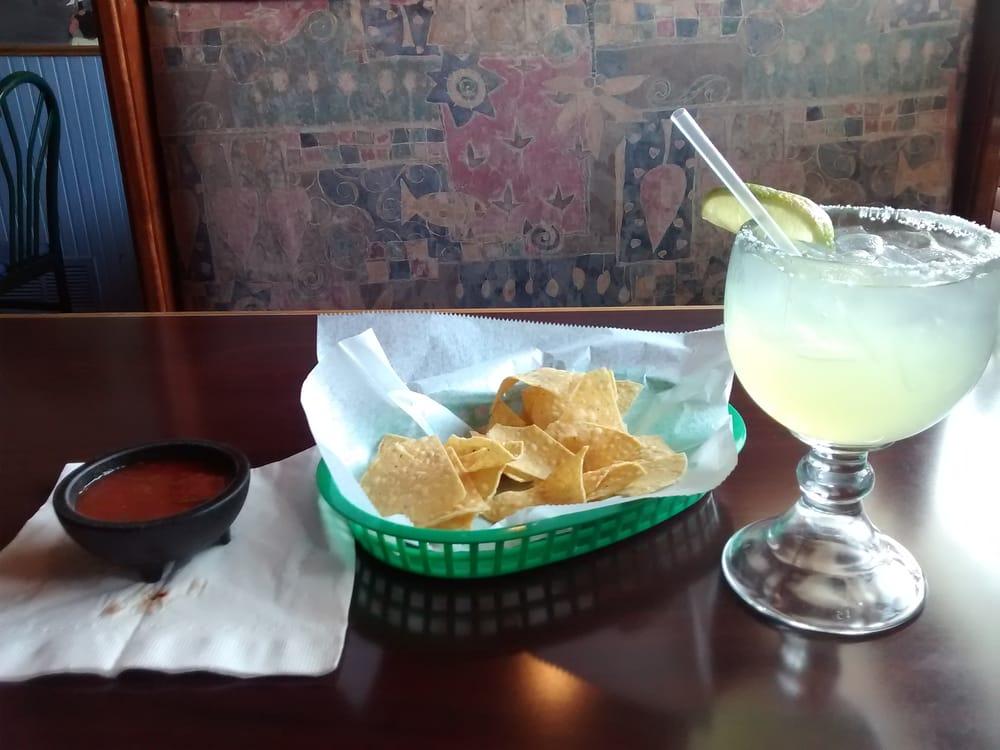 El Puente Family Mexican Restaurant: 2787 Northwestern Pike, Capon Bridge, WV