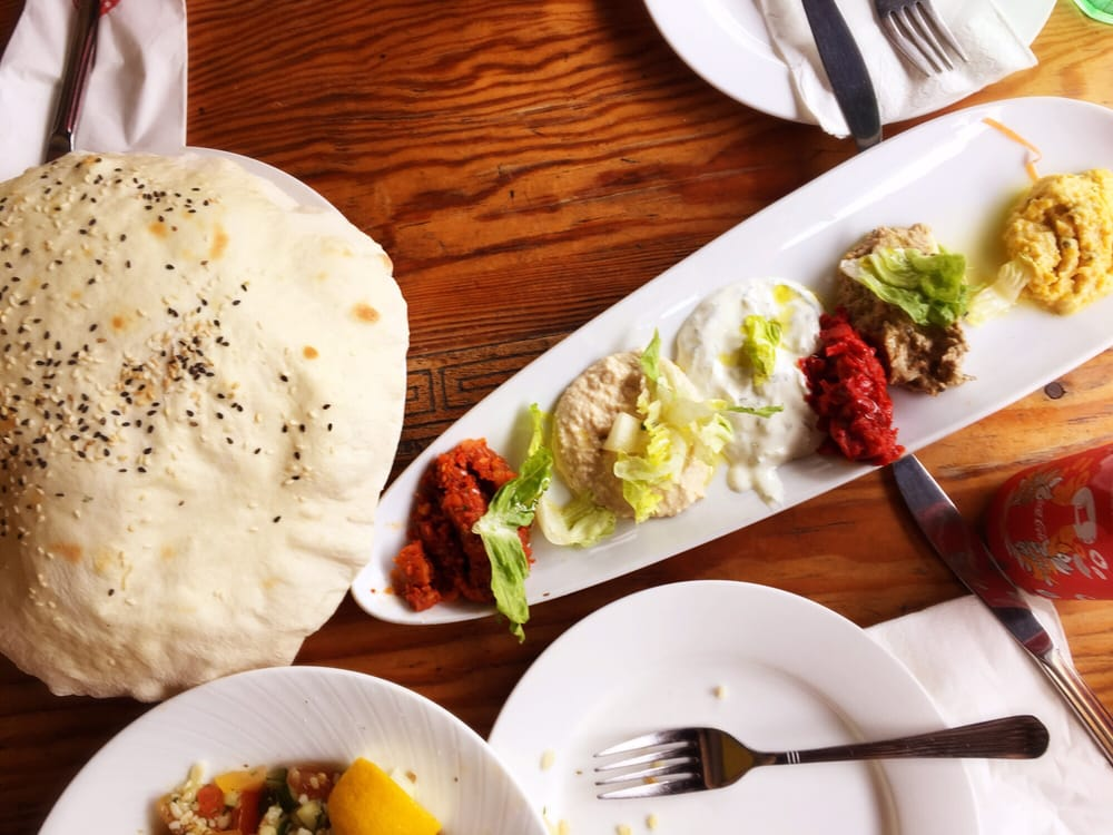 Bushra caf 10 photos singaporean 25 baghdad street for Arab cuisine singapore