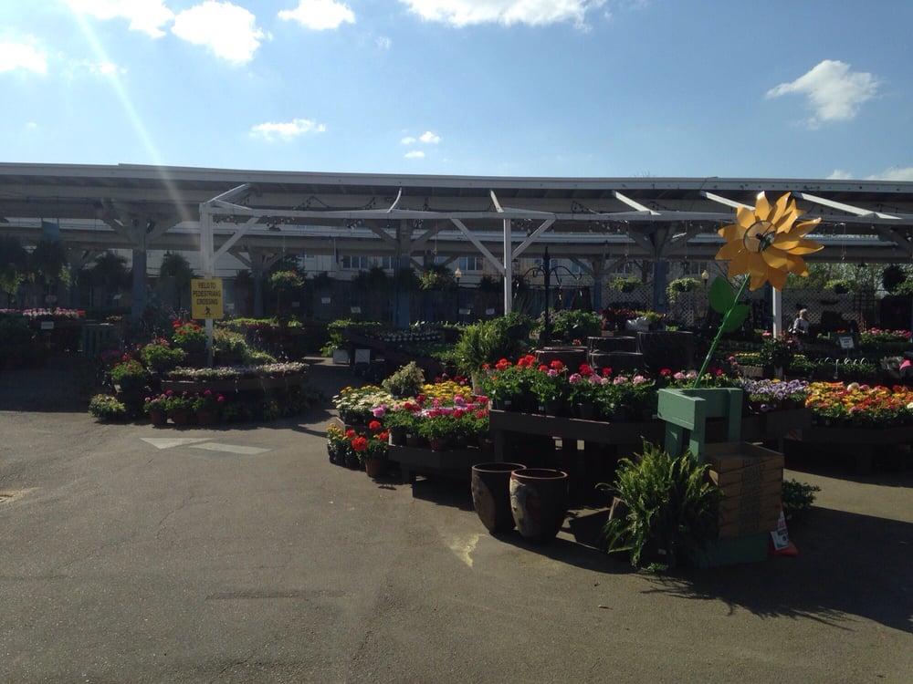 Logan S One Stop Garden Shop 42 Photos 36 Reviews Nurseries Gardening 707 Semart Dr