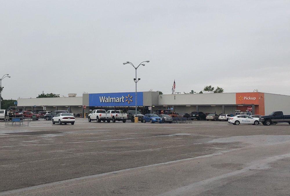 Walmart: 600 State Hwy 6, Marlin, TX