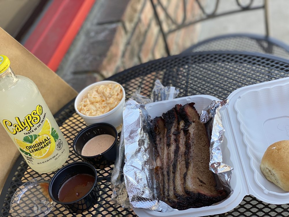 CornerstoneBBQ: 271 E 6th St, Beaumont, CA