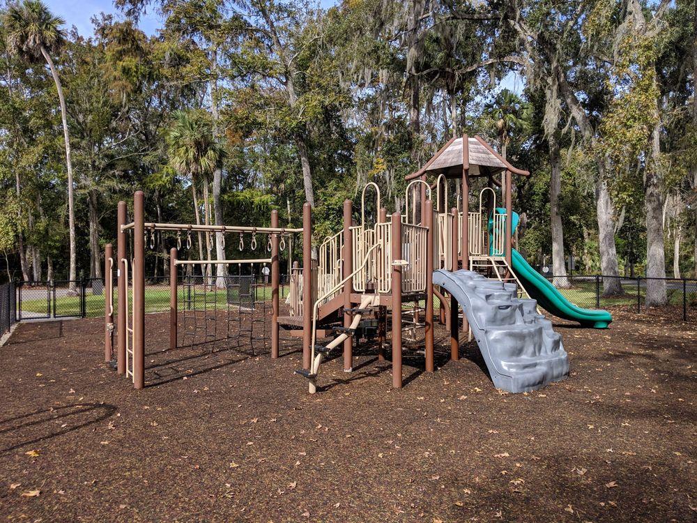 Big Tree Park: 761 General Hutchinson Pkwy, Longwood, FL