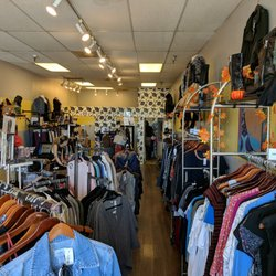 The Closet Trading Company - 5903 Kanan Rd, Agoura Hills, CA