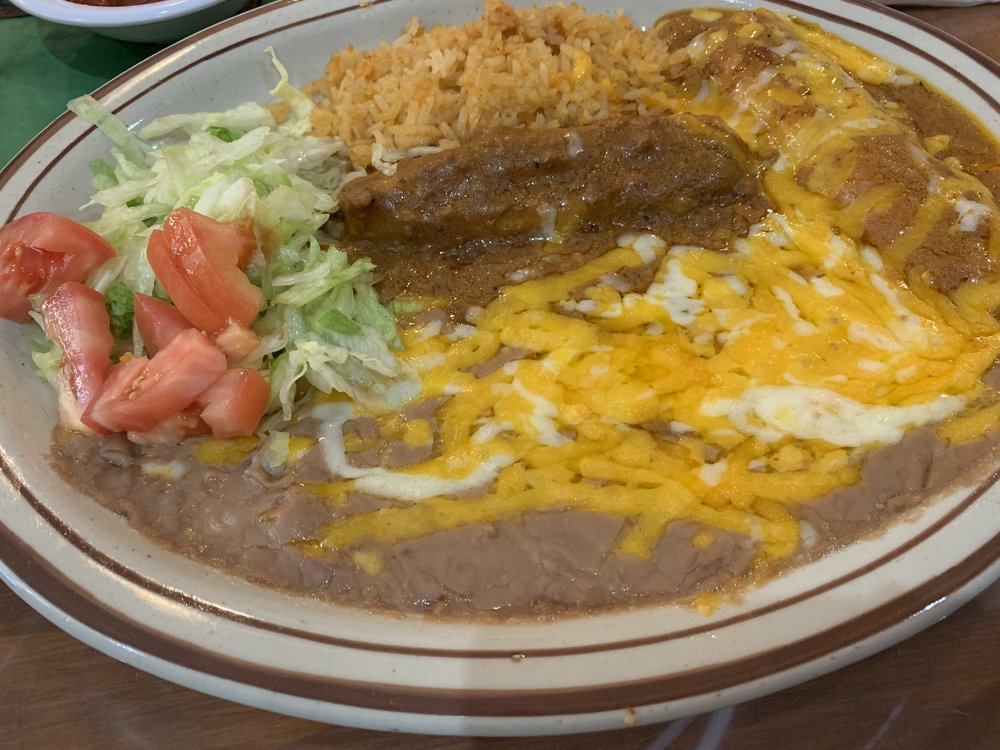 Alejandra's Mexican & American Food: 103 S 6th St, Ballinger, TX