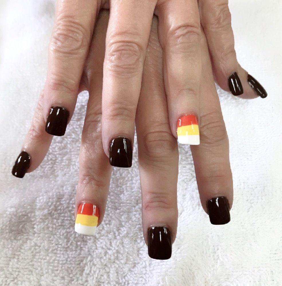 Kim's Nails: 8134 US Rte 60, Ashland, KY
