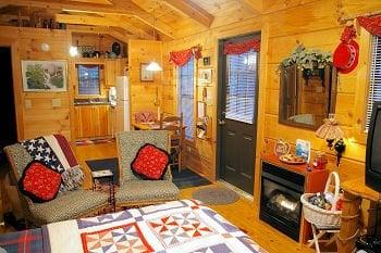 Arbor Cabins At Lake Lure: 2494 Memorial Hwy, Lake Lure, NC