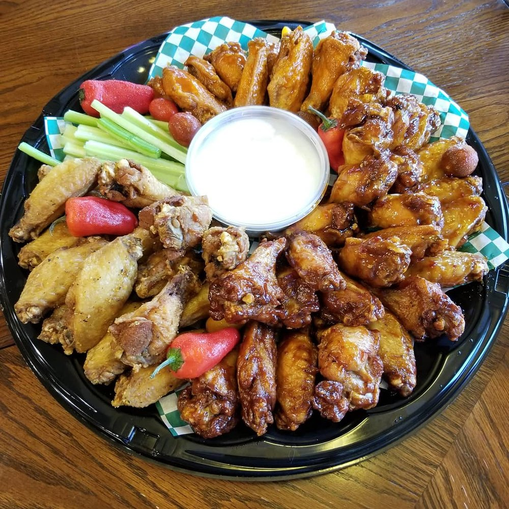 Annie Mae's Wing Stop: 9943 Cooper Dr, Warrior, AL